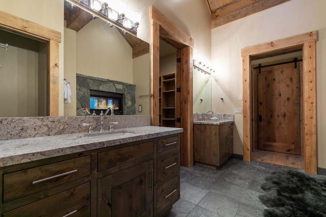 2110 Eagle Feather Court Big-032-32-Master Bathroom-MLS_Size
